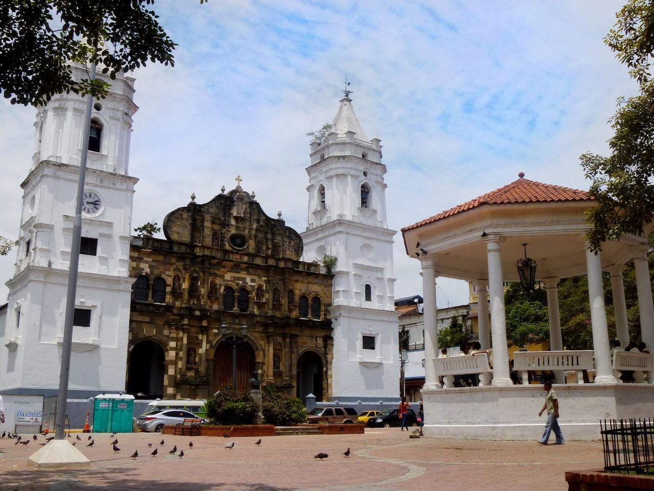 Catedral_Metropolitana_Panamá_Casco_Viejo